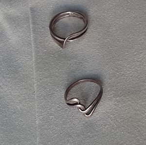 Two Vtg Sterling silver rings